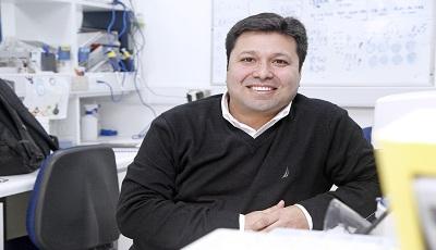 Dr Claudio Cabello